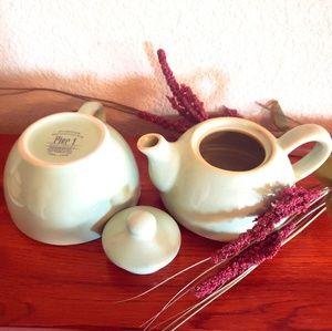 """Pier 1 Kitchen - PEIR 1 """"Tea for One"""" Stoneware Set"""